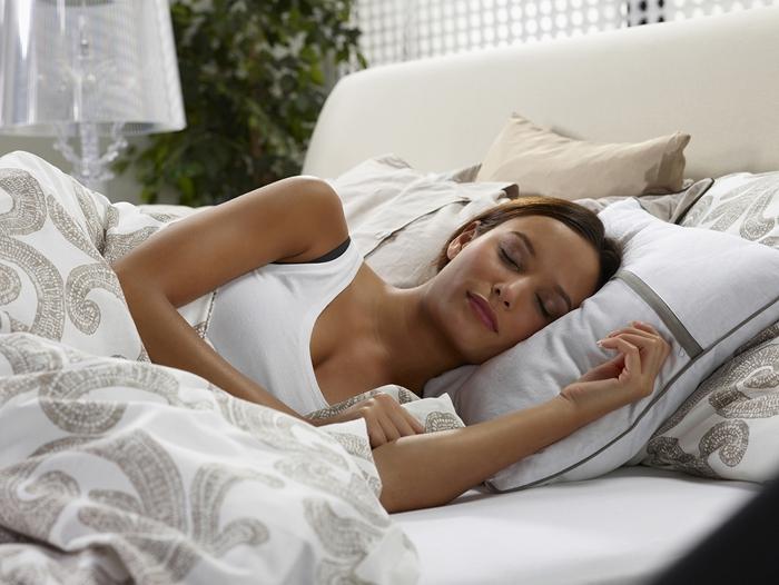 Vzglavnik za spanje na vodni postelji naj bo pravilno izbran